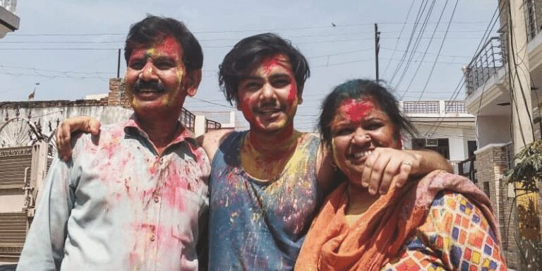 Vedant Rusty with family - CELEBROW.COM